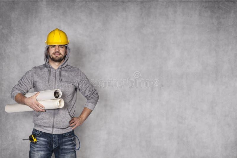 建筑查出的好成套装备工作者 免版税图库摄影