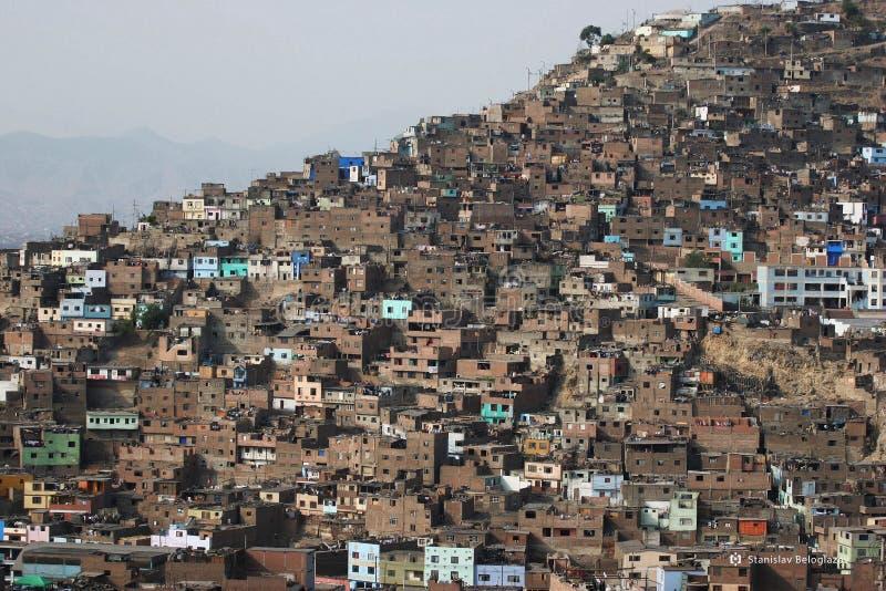 建筑混乱在贫穷区域,利马,秘鲁 库存图片