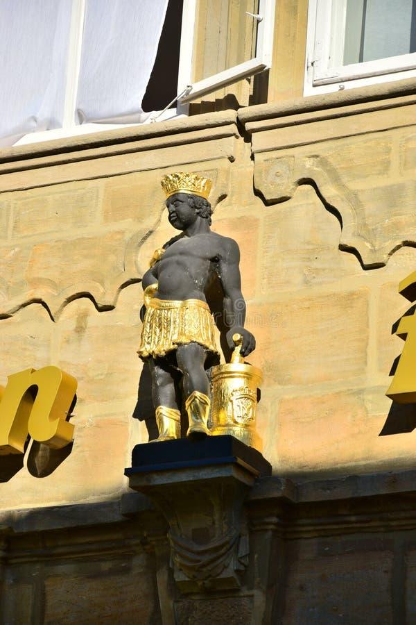 Download 建筑细节在琥珀,德国 库存图片. 图片 包括有 顽皮地, 街道, 外部, 旅行, 安排, 晴朗, 视域, 雕象 - 72364349