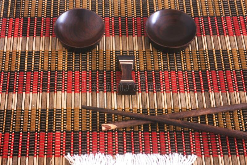 Download 筷子位置面孔II 库存图片. 图片 包括有 席子, 日本, 木头, 汉语, 正餐, 膳食, 越南, 表面 - 59107919