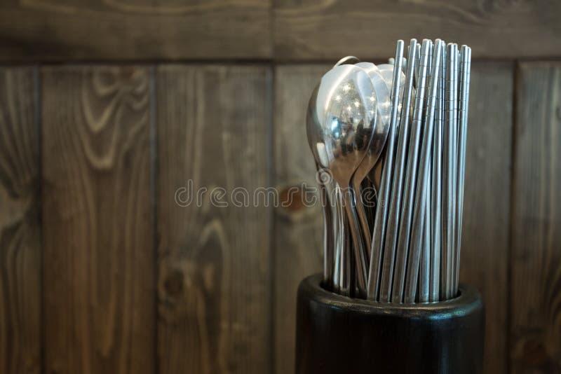 筷子和匙子 库存照片