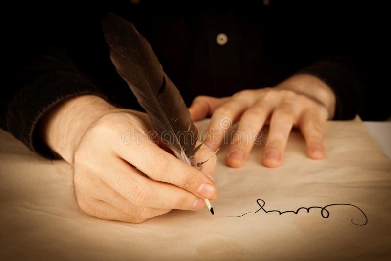 签署合同特写镜头 免版税图库摄影