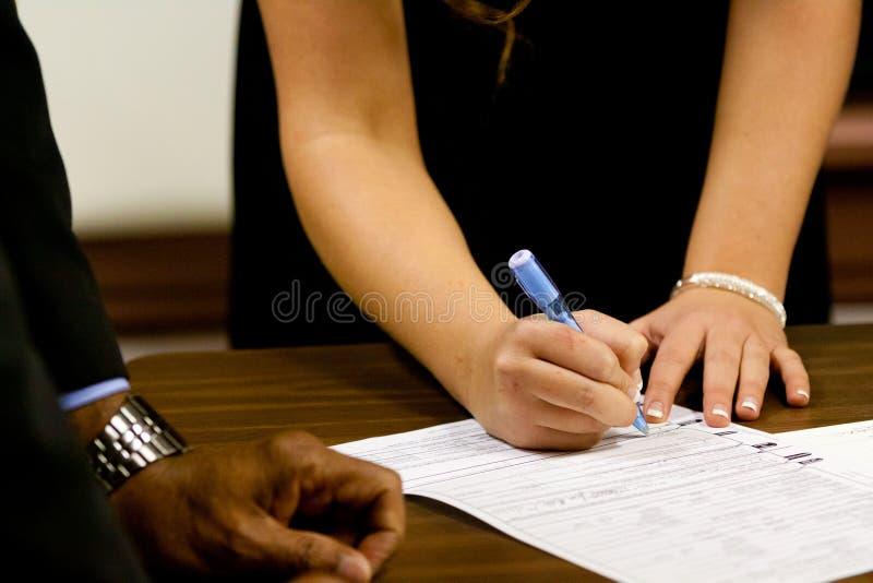 签署的结婚证书 免版税库存图片