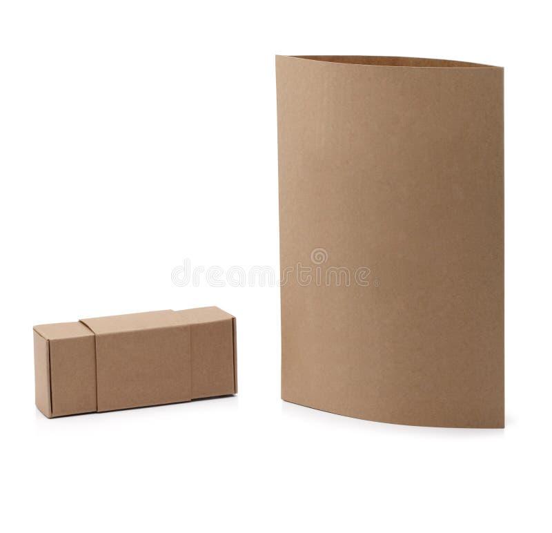 箱子和招贴纸板嘲笑在白色 免版税图库摄影