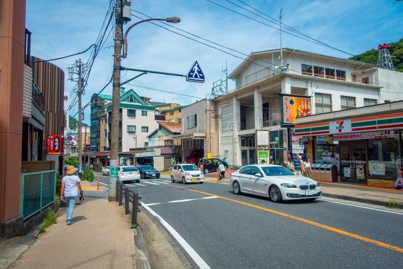日本街道_箱根,日本- 2017年7月02日:都市小街道日本式在箱根. 日语, 岩石.