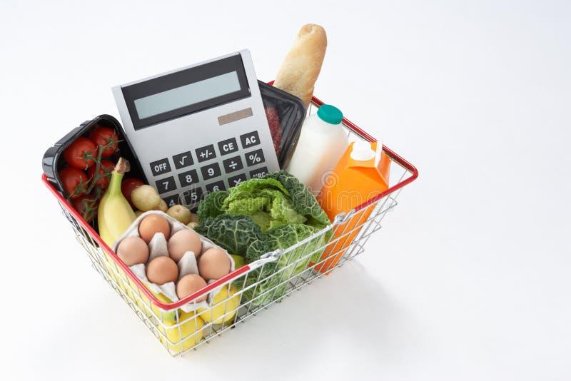 篮子计算器充分的副食品 库存图片