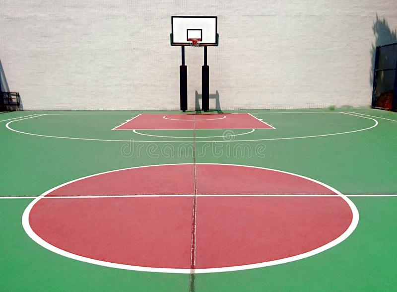篮球场,如果例证 免版税库存图片