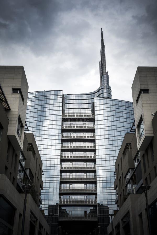 米兰商业区摩天大楼 免版税库存图片