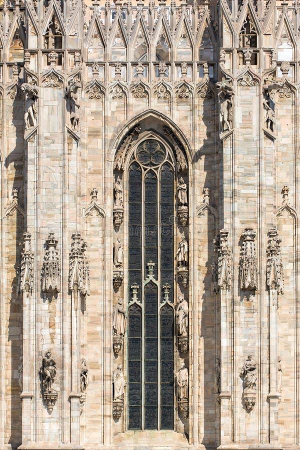 米兰大教堂或者Il中央寺院建筑学细节  库存图片