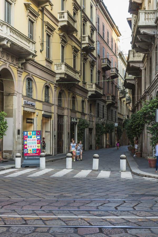米兰市中心街道视图 免版税图库摄影
