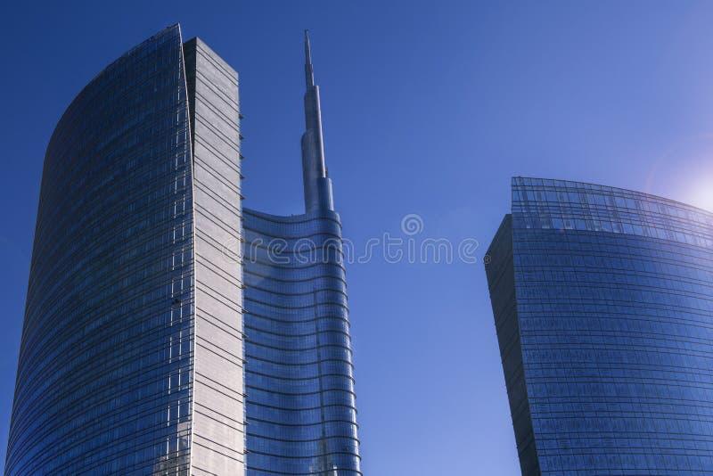 米兰摩天大楼和财政区 免版税库存照片