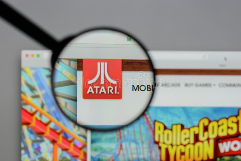 米兰,意大利- 2017年8月10日:在网站homep的Atari商标 免版税库存图片