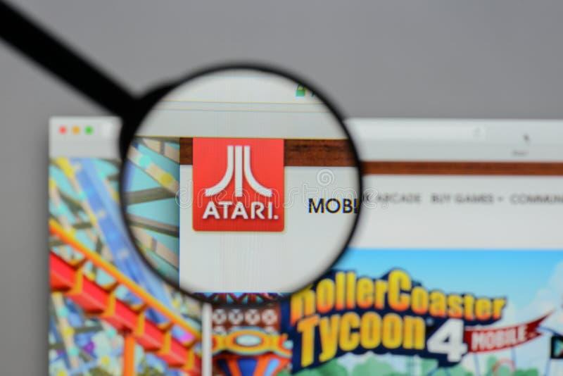 米兰,意大利- 2017年8月10日:在网站homep的Atari商标 库存图片