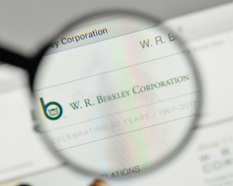 米兰,意大利- 2017年11月1日:W r 在websit的Berkley商标 免版税库存照片