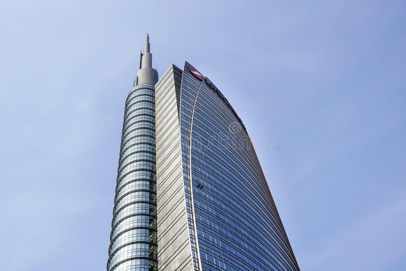 米兰,意大利2019年5月4日 Unicredit摩天大楼塔在波尔塔加里波第城附近的波尔塔Nuova区 免版税库存照片