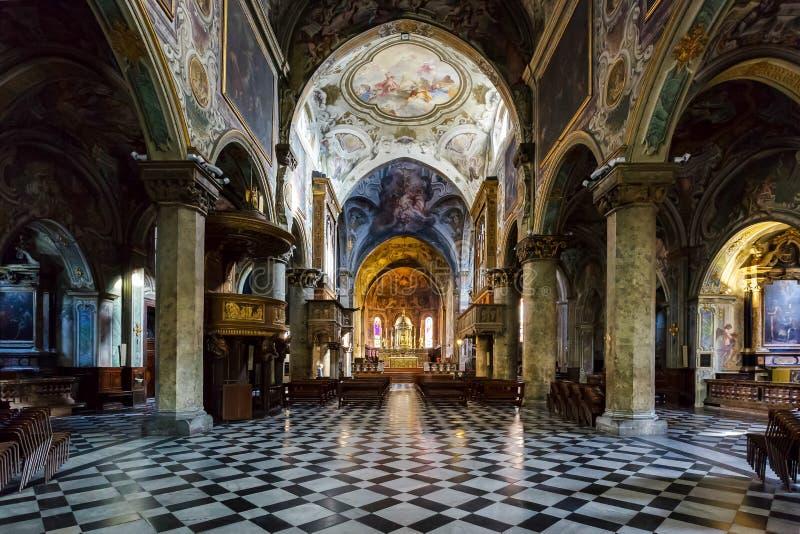 米兰, ITALY/EUROPE - 10月28日:主教的座位的内部看法 库存图片