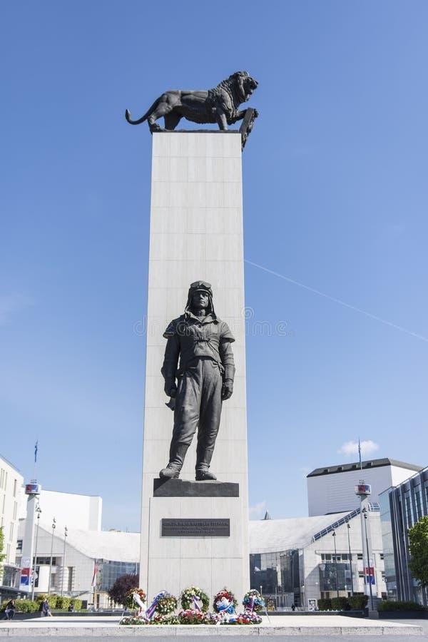米兰Rastislav Stefanik雕象  免版税库存照片