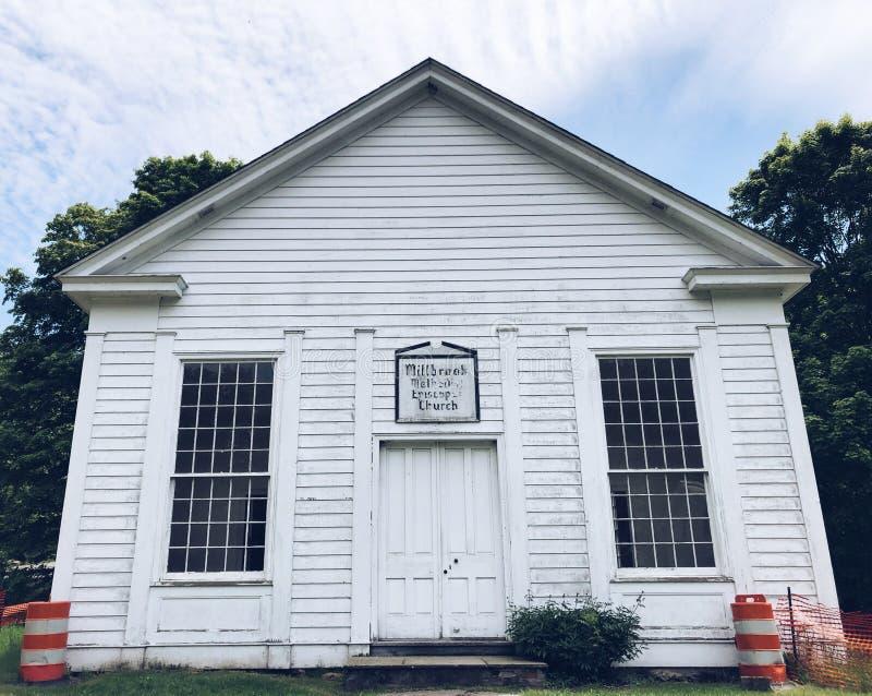 米尔布鲁克村庄教会安置外部 免版税图库摄影