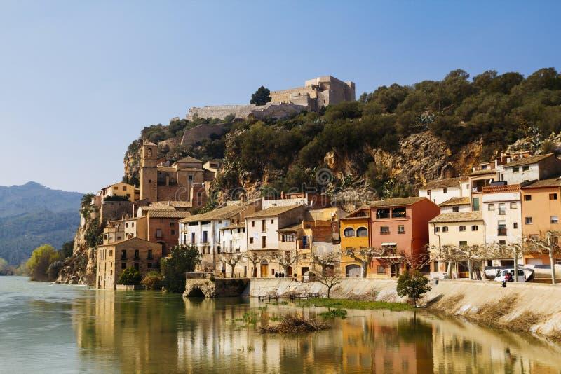 米拉韦村庄在Catalunya,西班牙 免版税库存照片