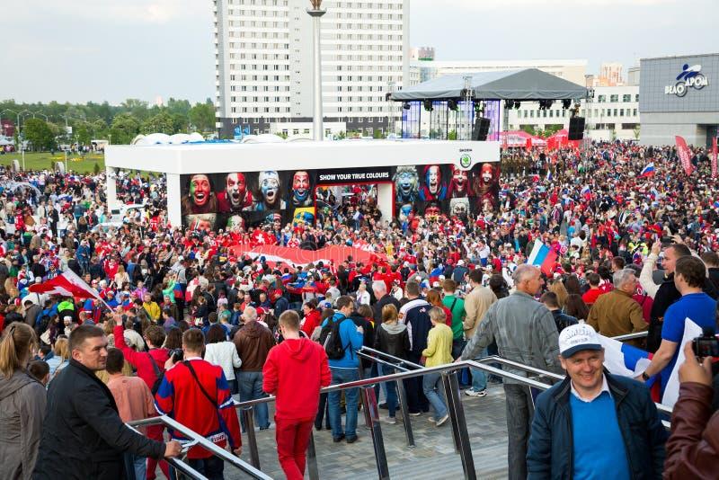米斯克、白俄罗斯- 5月9 -瑞士和俄国爱好者 库存图片