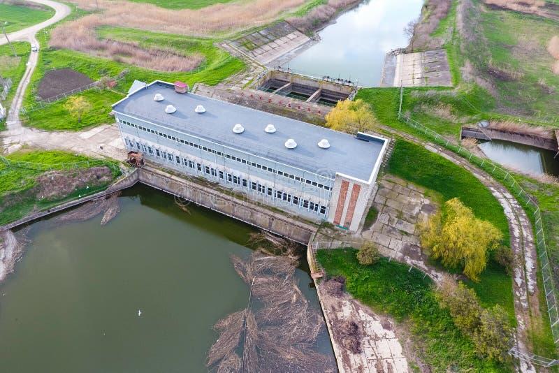 米灌溉系统的水泵驻地调遣 视图 库存图片