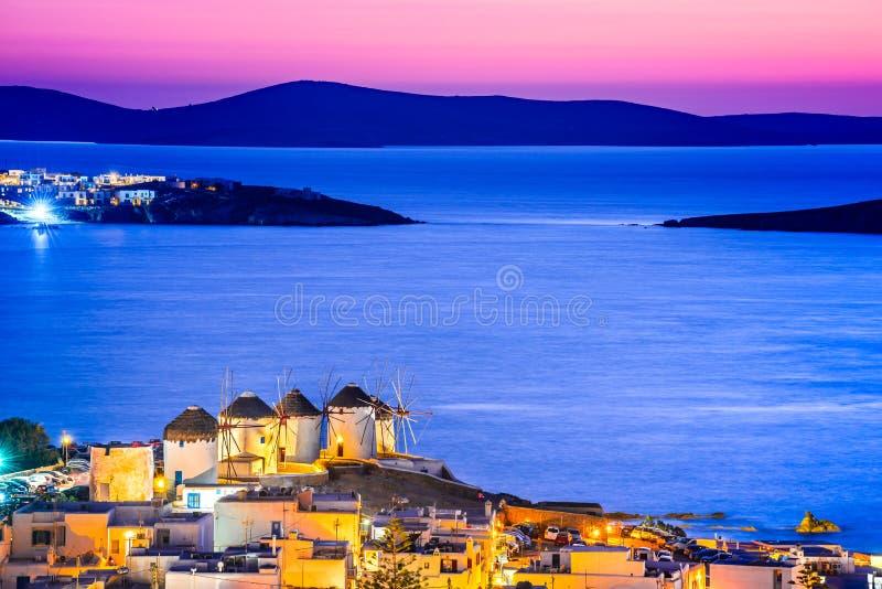 米科诺斯岛,风车在希腊海岛,希腊 库存照片