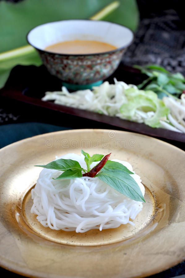 米线用辣调味汁 免版税库存照片