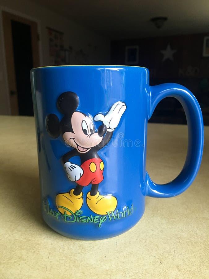 米老鼠咖啡杯 库存图片