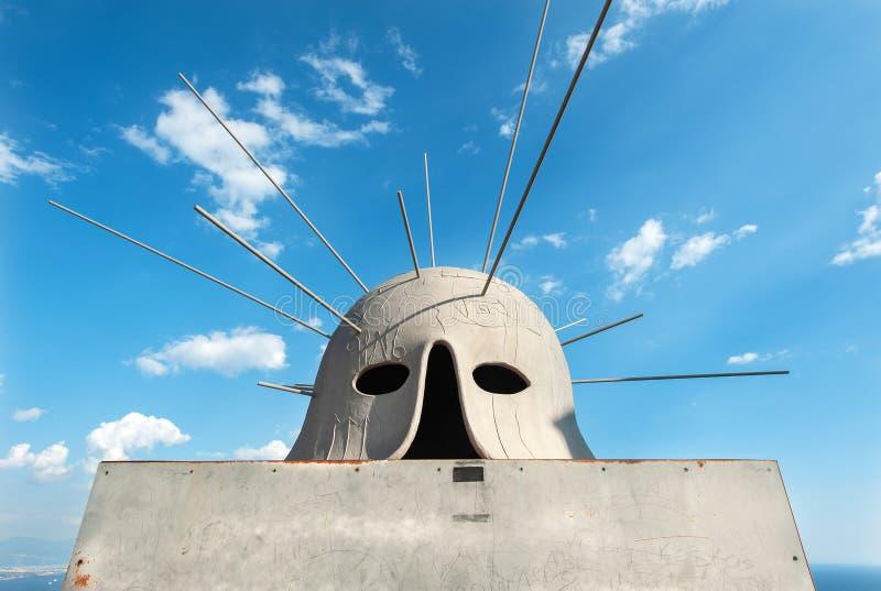 米莫·帕拉迪诺在意大利那不勒斯圣埃尔莫城堡的头盔雕塑 图库摄影