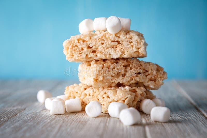 米酥脆款待用蛋白软糖 免版税库存图片