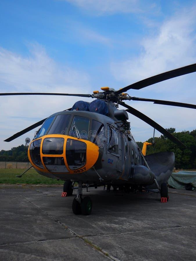 米-17货运直升机 库存图片