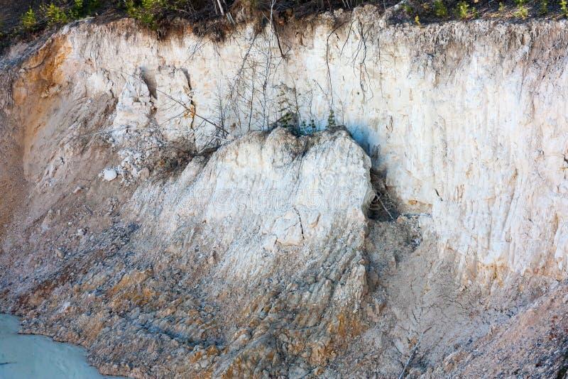 粘土层数在一件被放弃的猎物的 库存照片