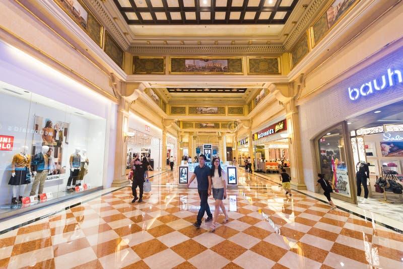 精品店画廊在澳门威尼斯人度假村酒店旅馆和赌博娱乐场手段,澳门的 库存照片