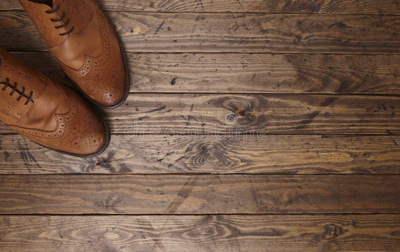 Download 精神方 库存照片. 图片 包括有 标头, 精神, 土气, 礼服, browne, 皮革, 平面, 木头, 黑暗 - 72362410