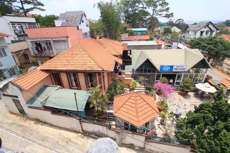 精神病院在越南市,大叻.银币,拉特旅馆.零基础自学平面设计难吗图片