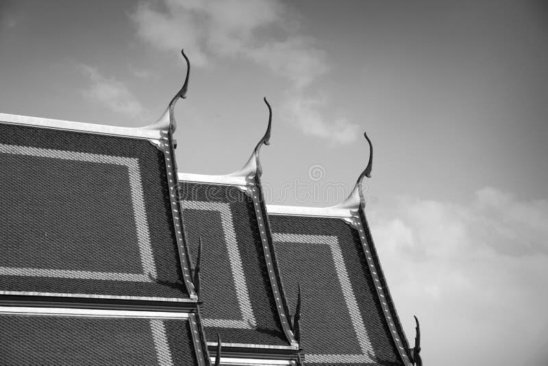 精美泰国艺术屋顶 免版税库存照片