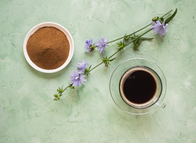 糖尿病咖啡用苦苣生茯 无奶咖啡的供选择的替换 库存照片