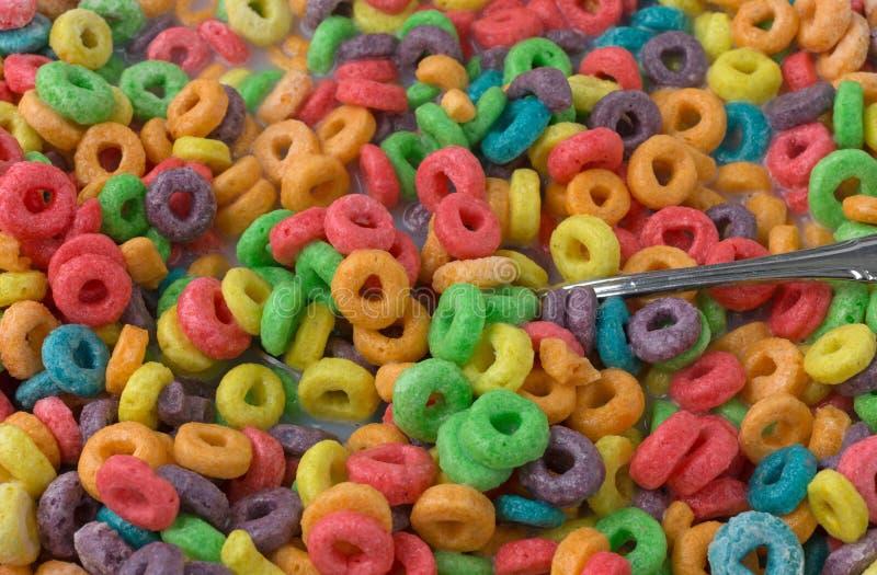 糖接近的看法用牛奶涂水果的风味谷物和 库存照片