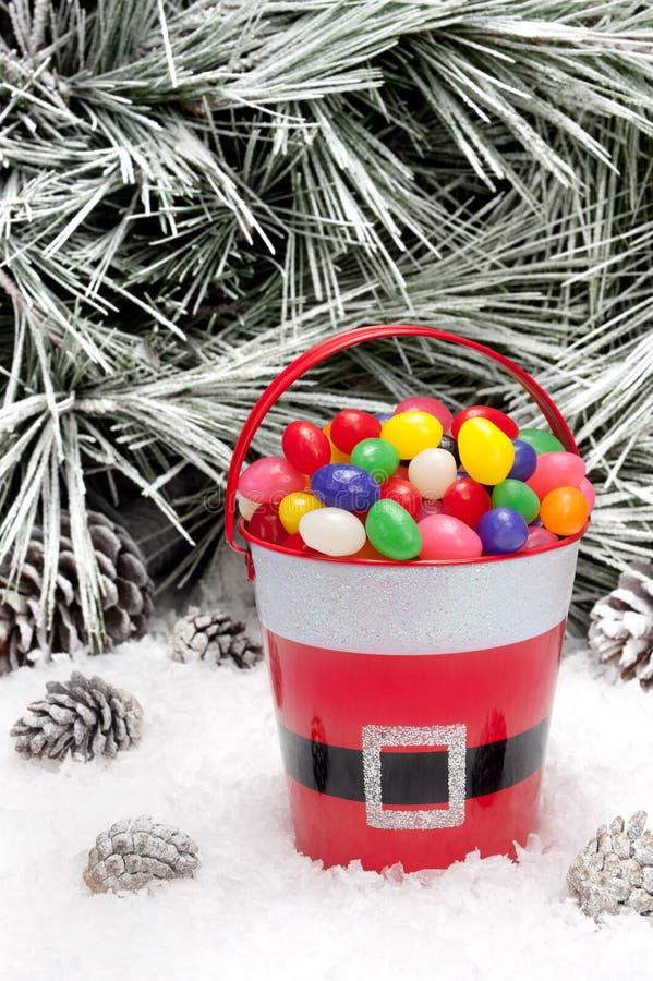 糖果圣诞节装饰桶 图库摄影