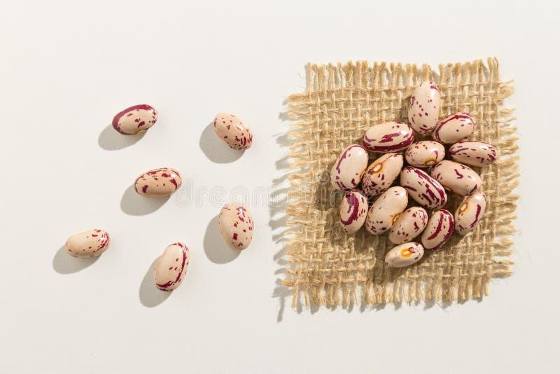 糖豆豆类 关闭五谷延长白色桌