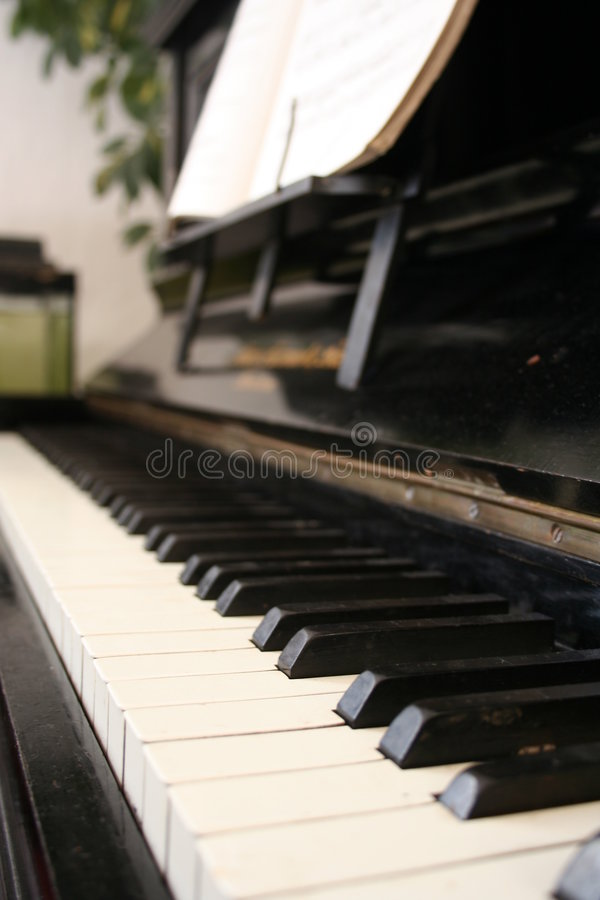 系列老钢琴 库存图片