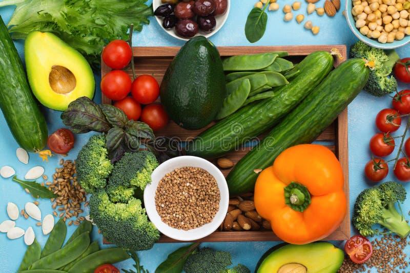 素食主义者或未加工的食物的饮食 免版税库存照片