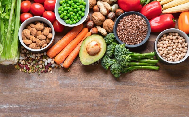 素食主义者烹调的健康食品 食物高在抗氧剂、碳水化合物和维生素 图库摄影
