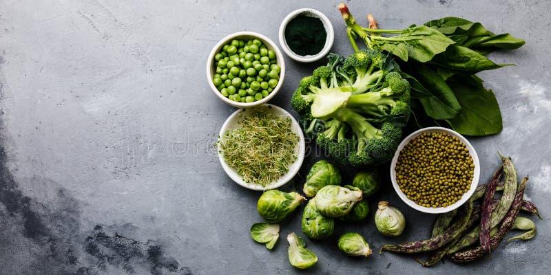 素食主义者的健康绿色食物蛋白质来源 库存照片
