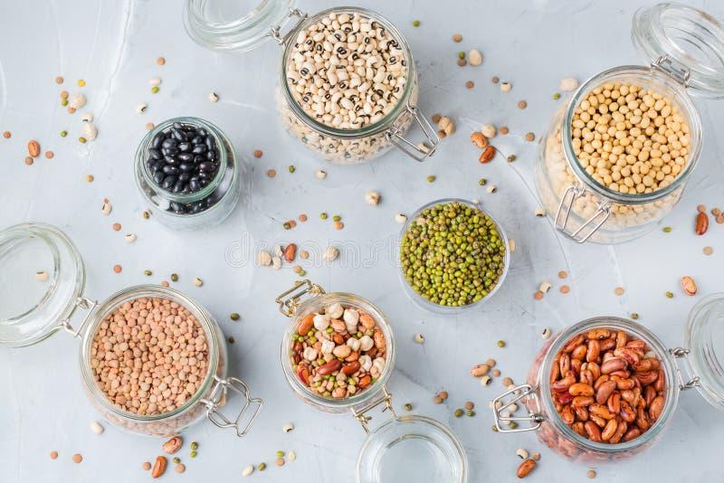 素食主义者蛋白质来源食物,豆类,扁豆,鸡豆,豆的分类 库存图片