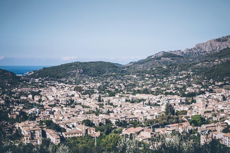 索勒,马略卡镇大角度看法  免版税库存图片
