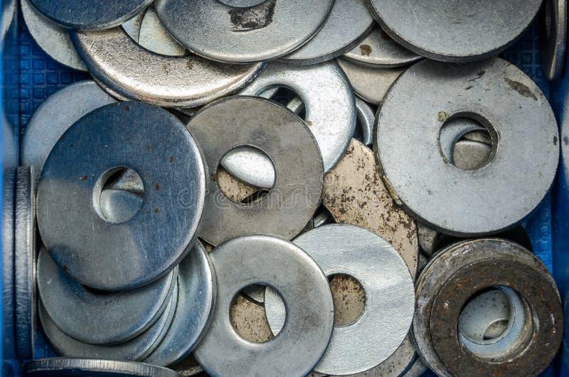 紧固件螺栓和坚果在组织者 免版税图库摄影