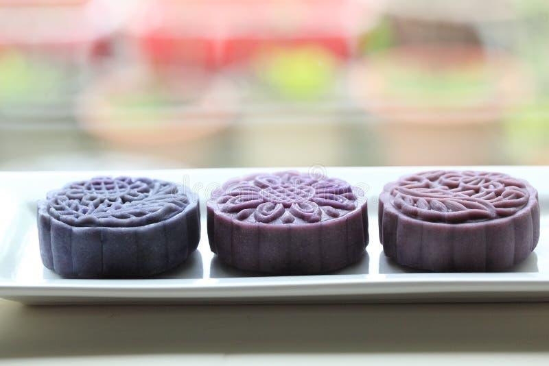 紫月饼 库存照片