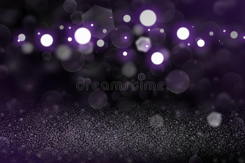 紫色意想不到的光亮的闪烁光defocused bokeh抽象背景,与空格的欢乐的大模型纹理您的conte的 库存照片
