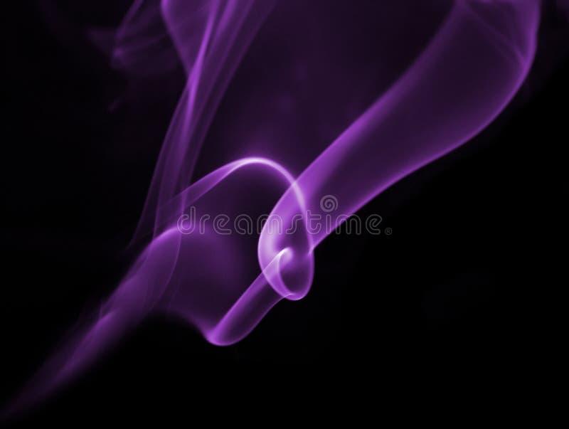 紫色烟 免版税库存照片